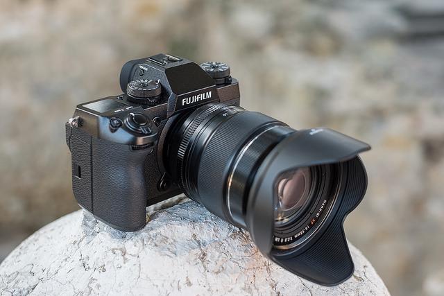 Что нового в Fujifilm X-H1? Стоит ли покупать?