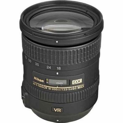 Лучший универсальный ультразум-объектив Nikon 18-200 мм