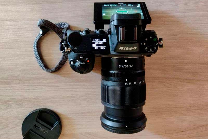 верхняя часть камеры Nikon Z