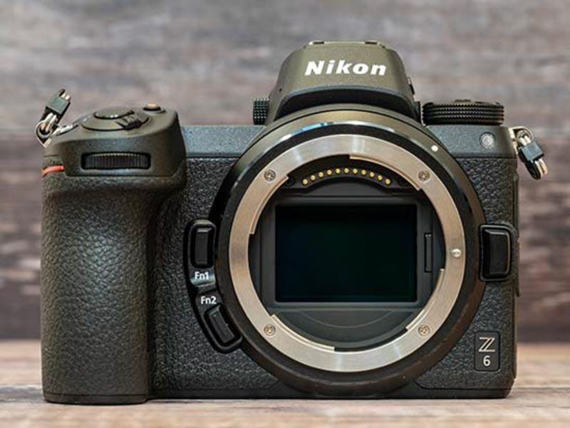 Говоря о байонете Nikon Z, он является совершенно новым имеет четыре точки подключения, а не три как Nikon F.